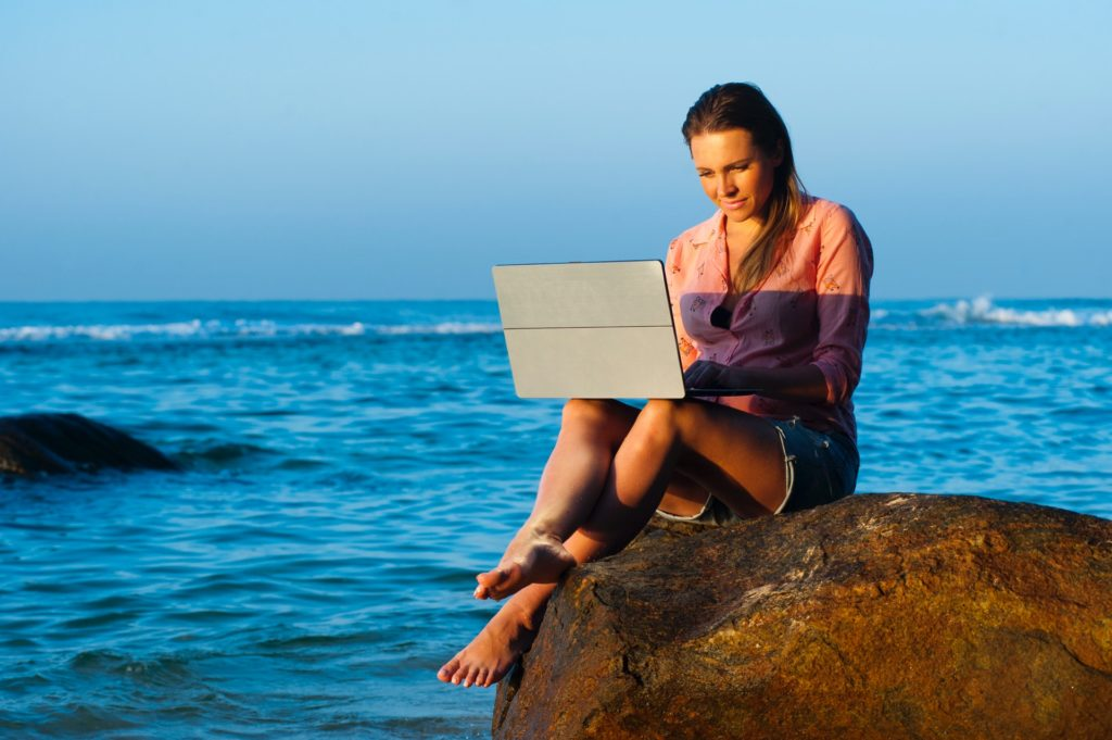 freelance and travel the world
